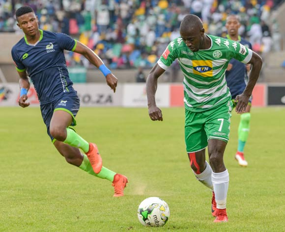 Deon Hotto of Bloemfontein Celtic and Sibusiso Mthethwa of Platinum Stars during the Absa Premiership 2017/18 game between Bloemfontein Celtic and Platinum Stars at Dr Molemela Stadium, Mangaung on 18 March 2018 © Frikkie Kapp/BackpagePix