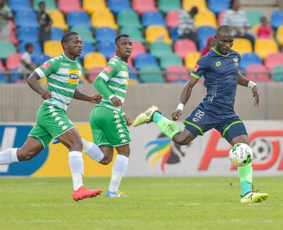 Robert Ng'ambi of Platinum Stars and Latshene Phalane of Bloemfontein Celtic during the Absa Premiership 2017/18 game between Bloemfontein Celtic and Platinum Stars at Dr Molemela Stadium, Mangaung on 18 March 2018 © Frikkie Kapp/BackpagePix