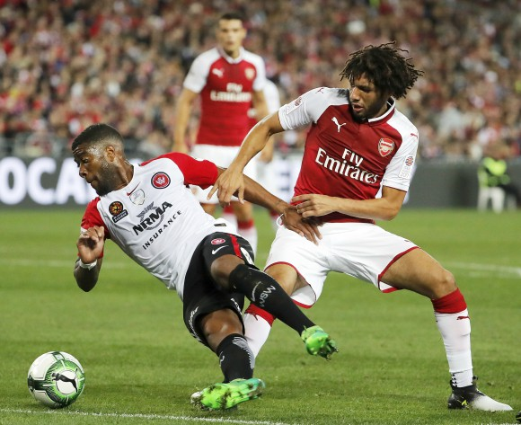 Mohamed Elneny signs new Arsenal contract