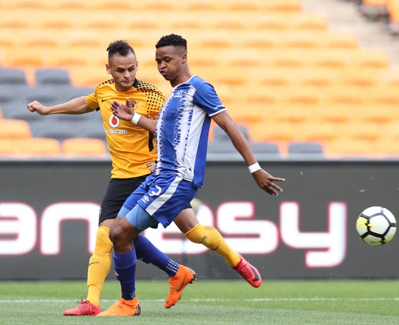 Gustavo Paez of Kaizer Chiefs challenged by Pogiso Sanoka of Maritzburg United during the Absa Premiership 2017/18 match between Kaizer Chiefs and Maritzburg United at FNB Stadium, Johannesburg on 28 April 2018 ©Muzi Ntombela/BackpagePix