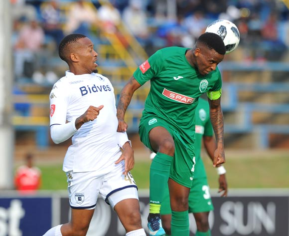 Lehlohonolo Majoro of Bidvest Wits challenges Mbongeni Gumede of AmaZulu during the Absa Premiership match between Bidvest Wits and AmaZulu  28 April  2018 at Bidvest Stadium  Pic Sydney Mahlangu/BackpagePix