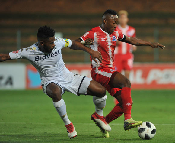 Thulani Hlatshwayo of Bidvest Wits challenges Lebohang Maboe of Maritzburg United during the Absa Premiership match between Bidvest Wits and Maritzburg United on 03 April  2018 at Bidvest Stadium Pic Sydney Mahlangu/BackpagePix
