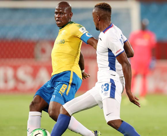 Hlompho Kekana of Mamelodi Sundowns challenged by Linda Mntambo of Chippa United during the Absa Premiership 2017/18 match between Mamelodi Sundowns and Chippa United at Loftus Versveld Stadium, Johannesburg on 04 April 2018 ©Muzi Ntombela/BackpagePix