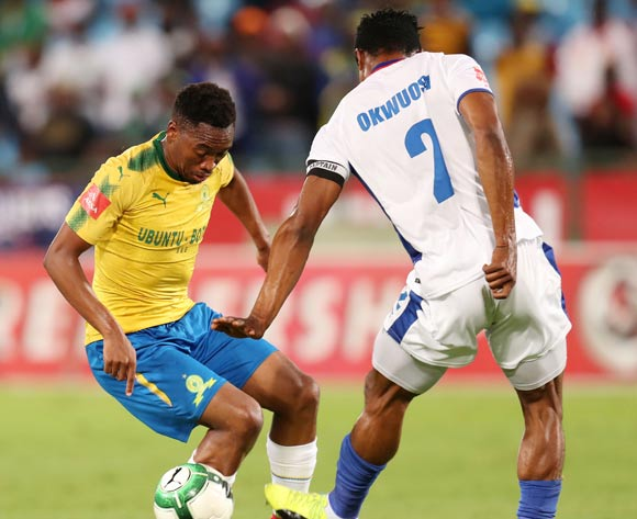 Sibusiso Vilakazi of Mamelodi Sundowns challenged by James Okwuosa of Chippa United during the Absa Premiership 2017/18 match between Mamelodi Sundowns and Chippa United at Loftus Versveld Stadium, Johannesburg on 04 April 2018 ©Muzi Ntombela/BackpagePix