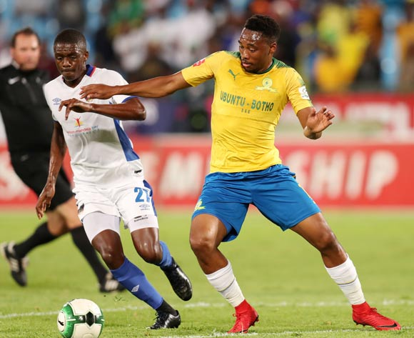 Sibusiso Vilakazi of Mamelodi Sundowns challenged by Abel Mabaso of Chippa United during the Absa Premiership 2017/18 match between Mamelodi Sundowns and Chippa United at Loftus Versveld Stadium, Johannesburg on 04 April 2018 ©Muzi Ntombela/BackpagePix
