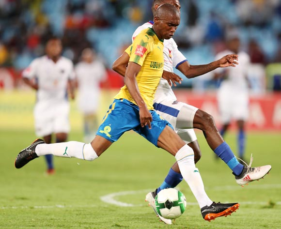 Anele Ngcongca of Mamelodi Sundowns challenged by Thabo Rakhale of Chippa United during the Absa Premiership 2017/18 match between Mamelodi Sundowns and Chippa United at Loftus Versveld Stadium, Johannesburg on 04 April 2018 ©Muzi Ntombela/BackpagePix