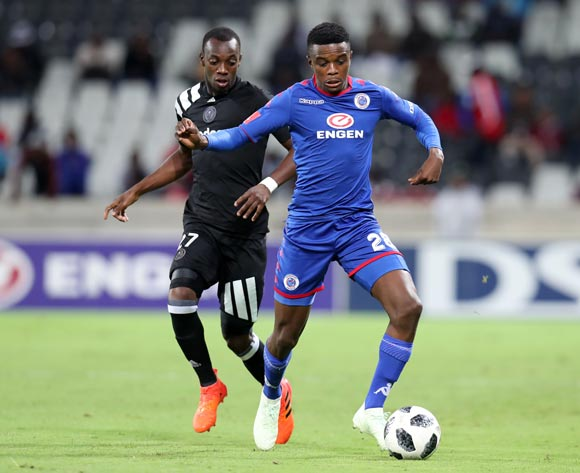 Teboho Mokoena of Supersport United challenged by Justin Shonga of Orlando Pirates during the Absa Premiership 2017/18 match between Supersport United and Orlando Pirates at Mbombela Stadium, Johannesburg on 11 April 2018 ©Muzi Ntombela/BackpagePix
