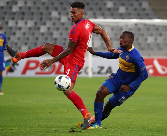Judas Moseamedi of Cape Town City battles for the ball with Clayton Daniels of Supersport United during the Absa Premiership 2017/18 football match between Cape Town City FC and SuperSport United at Cape Town Stadium, Cape Town on 14 April 2018 ©Chris Ricco/BackpagePix