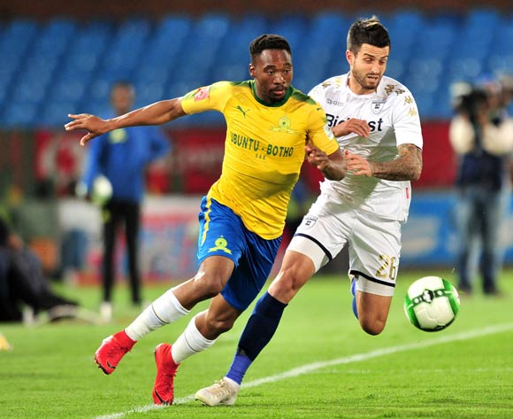 Sibusiso Vilakazi of Mamelodi Sundowns challenged by Keegan Ritchie of Bidvest Wits during the Absa Premiership 2017/18 football match between Mamelodi Sundowns and Bidvest Wits  at Loftus Stadium, Pretoria on 14 April 2018 ©Samuel Shivambu/BackpagePix