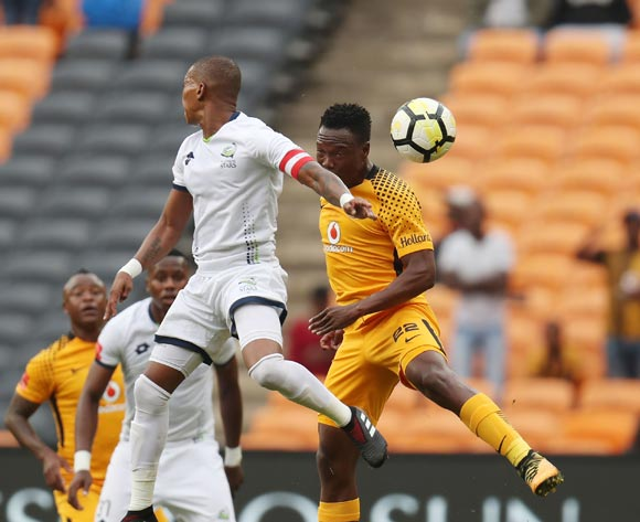 Philani Zulu of Kaizer Chiefs challenged by Vuyo Mere of Platinum Stars during the Absa Premiership 2017/18 match between Kaizer Chiefs and Platinum Stars at FNB Stadium, Johannesburg on 15 April 2018 ©Muzi Ntombela/BackpagePix