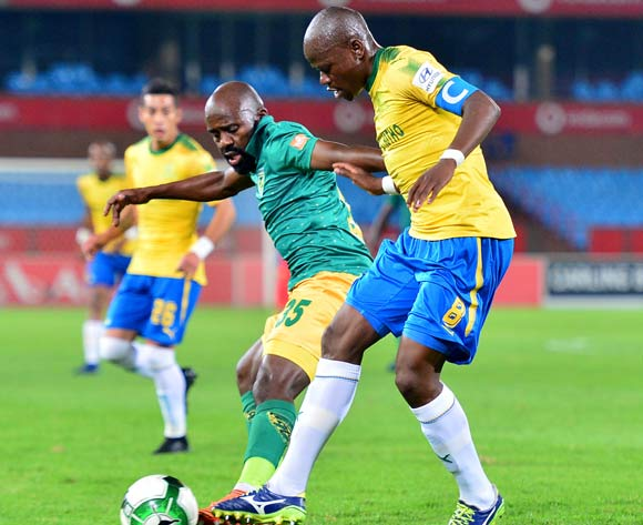 Sandile Zuke of Golden Arrows challenged by Hlompho Kekana of Mamelodi Sundowns during the Absa Premiership 2017/18 football match between Mamelodi Sundowns and Golden Arrows at Loftus Stadium, Pretoria on 17 April 2018 ©Samuel Shivambu/BackpagePix