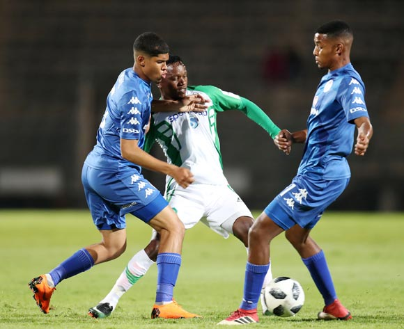 Kahata Francis of Gor Mahia challenged by Luke Le Roux and Jamie Webber of Supersport United during the 2018 CAF Confederations Cup match between Supersport United and Gor Mahia at Lucas Moripe Stadium, Atteridgeville on 18 April 2018 ©Muzi Ntombela/BackpagePix
