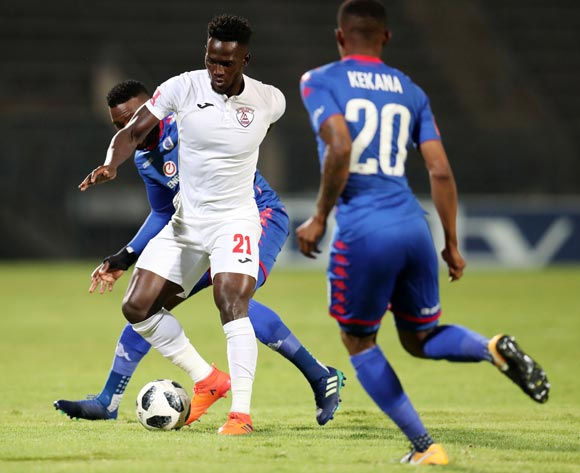 Siphelele Mthembu of Free State Stars challenged by Morgan Gould and Grant Kekana of Supersport United during the Absa Premiership 2017/18 match between Supersport United and Free State Stars at Lucas Moripe Stadium, Atteridgeville on 25 April 2018 ©Muzi Ntombela/BackpagePix