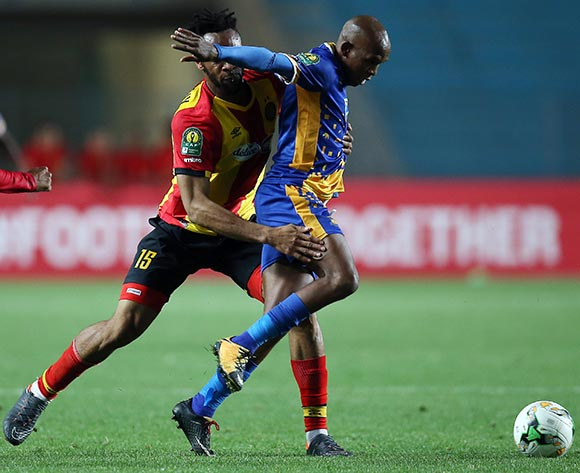 epa06740515 Esperance Sportive de Tunis  player Fousseny Coulibaly  (L) and Township Rollers player  Ali Machani (R) fight for the ball during the CAF Champions League soccer match between Espérance sportive de Tunis of Tunisia and Township Rollers of Botswana at the Olympic Stadium Rades in Tunis, Tunisia, 15 May 2018.  EPA/MOHAMED MESSARA