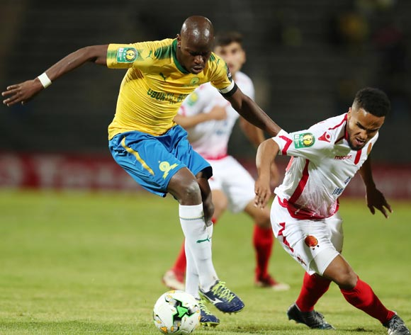 Hlompho Kekana of Mamelodi Sundowns challenged by Amin Tighazoui of Wydad during the 2018 CAF Champions League match between Mamelodi Sundowns and Wydad at Lucas Moripe Stadium, Atteridgeville on 05 May 2018 ©Muzi Ntombela/BackpagePix