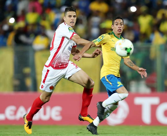 Leandro Sirino of Mamelodi Sundowns challenged by Mohammed Nahiri of Wydad during the 2018 CAF Champions League match between Mamelodi Sundowns and Wydad at Lucas Moripe Stadium, Atteridgeville on 05 May 2018 ©Muzi Ntombela/BackpagePix