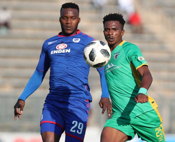 Tebogo Sodi of Baroka challenged by Morgan Gould of Supersport United during the Absa Premiership 2017/18 match between Supersport United and Baroka FC at Lucas Moripe Stadium, Atteridgeville on 12 May 2018 ©Muzi Ntombela/BackpagePix