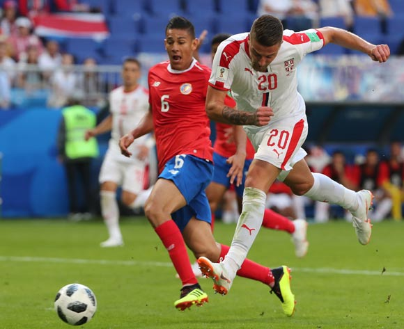 epa06815424 Sergej Milinkovic-Savic (R) of Serbia and Oscar Duarte (L) of Costa Rica in action during the FIFA World Cup 2018 group E preliminary round soccer match between Costa Rica and Serbia in Samara, Russia, 17 June 2018.