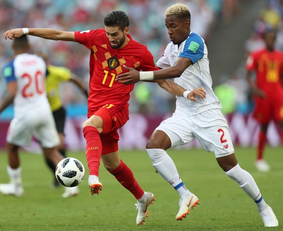 epa06819301 Michael Murillo (R) of Panama and Yannick Carrasco of Belgium in action during the FIFA World Cup 2018 group G preliminary round soccer match between Belgium and Panama in Sochi, Russia, 18 June 2018.