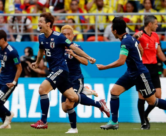 epa06821042 Yuya Osako (2 L) of Japan celebrates scoring the 2-1 lead during the FIFA World Cup 2018 group H preliminary round soccer match between Colombia and Japan in Saransk, Russia, 19 June 2018.