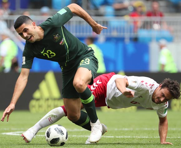 epa06827185 Thomas Delaney (R) of Denmark and Tom Rogic of Australia in action during the FIFA World Cup 2018 group C preliminary round soccer match between Denmark and Australia in Samara, Russia, 21 June 2018.