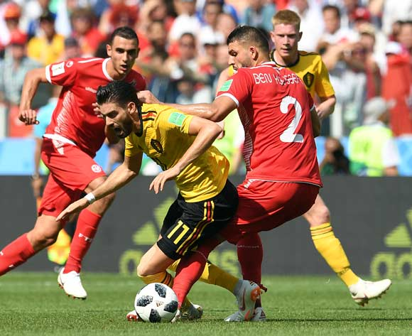 epa06832986 Syam Ben Youssef of Tunisia (R) and Yannick Carrasco of Belgium in action during the FIFA World Cup 2018 group G preliminary round soccer match between Belgium and Tunisia in Moscow, Russia, 23 June 2018.