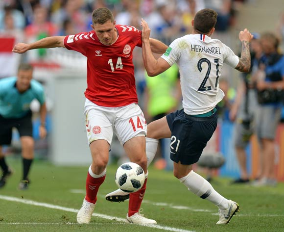 epa06841591 Henrik Dalsgaard (L) of Denmark and Lucas Hernandez of France in action during the FIFA World Cup 2018 group C preliminary round soccer match between Denmark and France in Moscow, Russia, 26 June 2018.