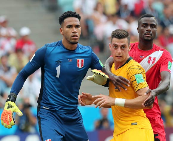 epa06841650 (L-R) Goalkeeper Pedro Gallese of Peru, Tomi Juric of Australia, Christian Ramos of Peru during the FIFA World Cup 2018 group C preliminary round soccer match between Australia and Peru in Sochi, Russia, 26 June 2018.