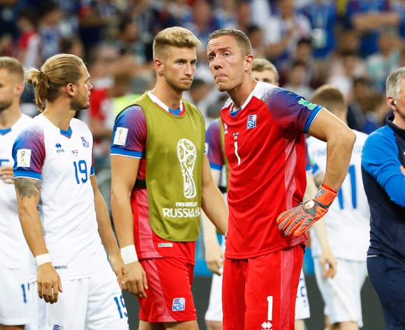 epa06842908 Iceland's goalkeeper Hannes Halldorsson (front R) and his teammates react after the FIFA World Cup 2018 group D preliminary round soccer match between Iceland and Croatia in Rostov-On-Don, Russia, 26 June 2018. Croatia won 2-1.