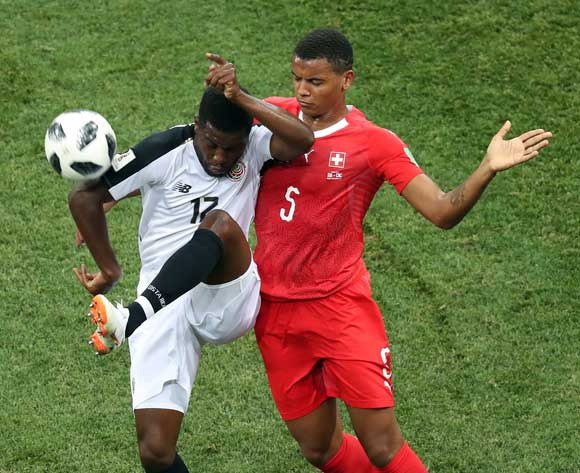 epa06845374 Denis Zakaria of Switzerland (R) and Manuel Akanji of Switzerland in action during the FIFA World Cup 2018 group E preliminary round soccer match between Switzerland and Costa Rica in Nizhny Novgorod, Russia, 27 June 2018.