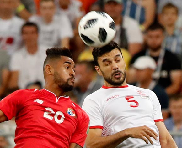 epa06848263 Anibal Godoy (L) of Panama and Oussama Haddadi of Tunisia in action during the FIFA World Cup 2018 group G preliminary round soccer match between Panama and Tunisia in Saransk, Russia, 28 June 2018.