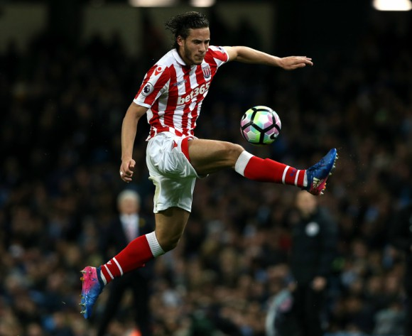 Egypt's Ramadan Sobhi set to leave Stoke City for Huddersfield