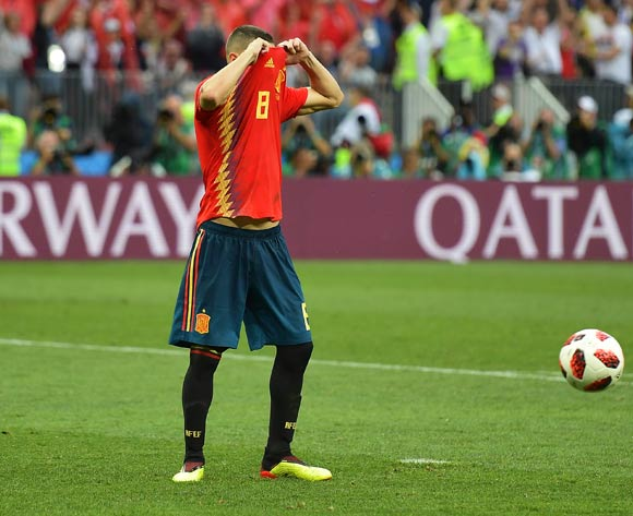 epa06855621 Koke of Spain reacts after missing a penalty during the penalty shootout of the FIFA World Cup 2018 round of 16 soccer match between Spain and Russia in Moscow, Russia, 01 July 2018. Russia won 4-3 on penalties.