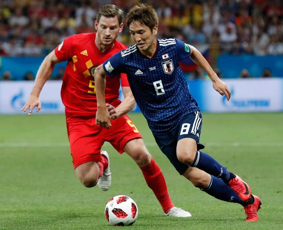 epa06859041 Genki Haraguchi (R) of Japan and Jan Vertonghen of Belgium in action during the FIFA World Cup 2018 round of 16 soccer match between Belgium and Japan in Rostov-On-Don, Russia, 02 July 2018.