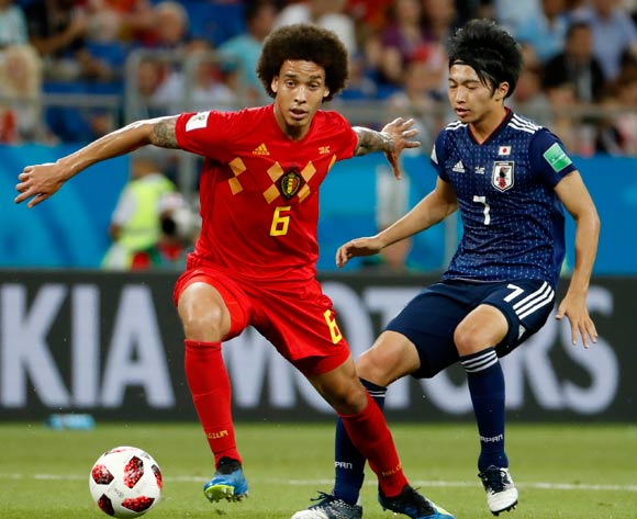epa06859065 Axel Witsel (L) of Belgium and Gaku Shibasaki of Japan in action during the FIFA World Cup 2018 round of 16 soccer match between Belgium and Japan in Rostov-On-Don, Russia, 02 July 2018.