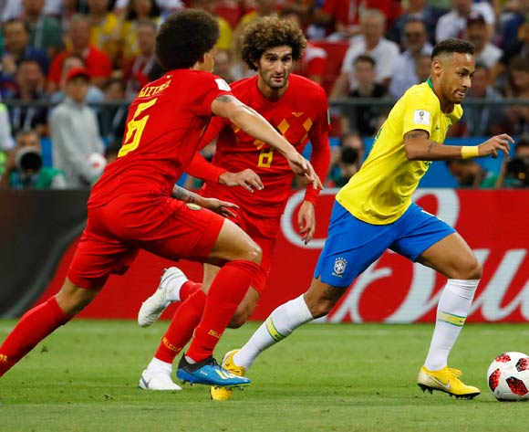 epa06869318 Neymar (R) of Brazil in action during the FIFA World Cup 2018 quarter final soccer match between Brazil and Belgium in Kazan, Russia, 06 July 2018.