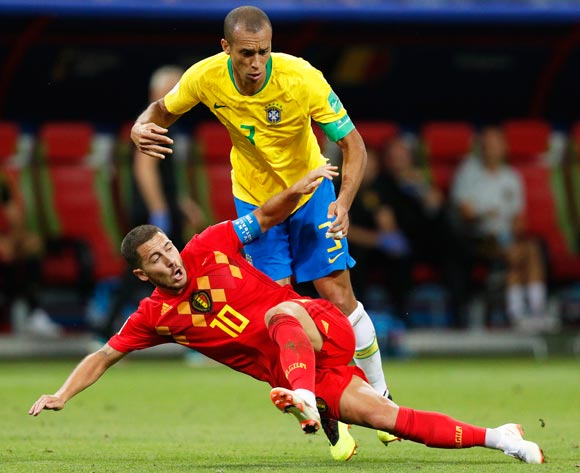 epa06869717 Miranda (up) of Brazil in action against Eden Hazard (bottom) of Belgium react during the FIFA World Cup 2018 quarter final soccer match between Brazil and Belgium in Kazan, Russia, 06 July 2018.