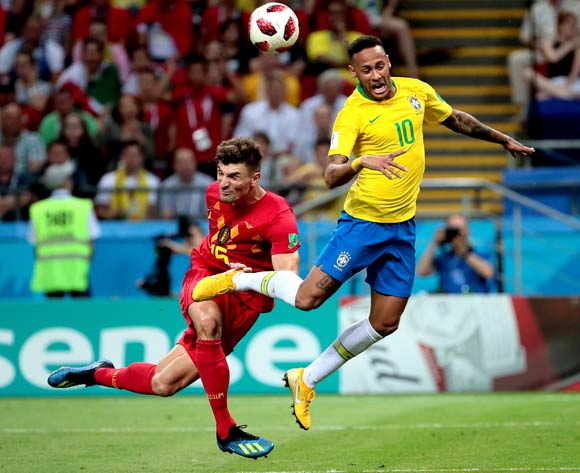 epa06869729 Neymar of Brazil (R) and Thomas Meunier of Belgium in action during the FIFA World Cup 2018 quarter final soccer match between Brazil and Belgium in Kazan, Russia, 06 July 2018.