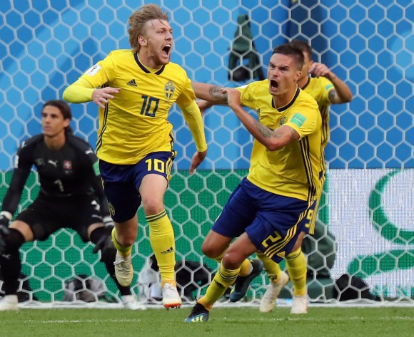 Emil Forsberg strike takes Sweden into last eight