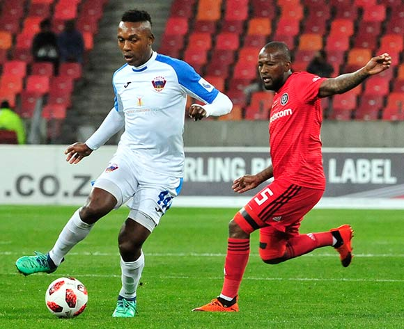 Boikanyo Komane of Chippa United, and Mpho Makola of Orlando Pirates, during the Absa Premiership 2018/19 game between Chippa United and Orlando Pirates at Nelson Mandela Bay Stadium, Port Elizabeth on 8 August 2018 © Deryck Foster/BackpagePix