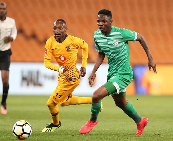 Khama Billiat of Kaizer Chiefs challenged by Tshepo Rikhotso of Bloemfontein Celtic during the Absa Premiership 2018/19 match between Kaizer Chiefs and Bloemfontein Celtics at the FNB Stadium, Johannesburg on 29 August 2018 ©Muzi Ntombela/BackpagePix