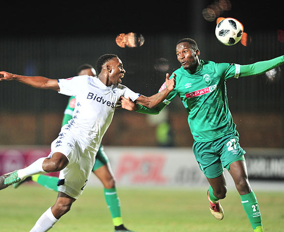 Mxolisi Machupu of Bidvest Wits challenged by Tapelo Nyongo of AmaZulu during the Absa Premiership 2018/19 match between Bidvest Wits and AmaZulu at Bidvest Stadium, Johannesburg on 29 August 2018 ©Samuel Shivambu/BackpagePix