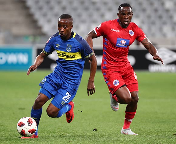 Thabo Nodada of Cape Town City FC evades challenge from Onismor Bhasera of Supersport United during the Absa Premiership 2018/19 football match between Cape Town City FC and SuperSport United at Cape Town Stadium, Cape Town on 4 August 2018 ©Chris Ricco/BackpagePix