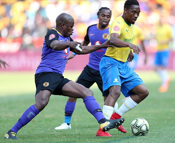 Sibusiso Vilakazi of Mamelodi Sundowns challenged by Willard Katsande of Kaizer Chiefs during the Absa Premiership 2018/19 match between Mamelodi Sundowns and Kaizer Chiefs at the Loftus Versveld Stadium, Pretoria on 04 August 2018 ©Muzi Ntombela/BackpagePix