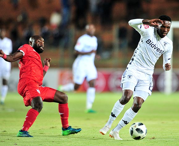 Thabang Monare of Bidvest Wits challenged by Makhehlene Makhaula of Free State Stars during the Absa Premiership 2018/19 match between Bidvest Wits and Free State Stars at Bidvest Stadium, Johannesburg on 04 August 2018 ©Samuel Shivambu/BackpagePix