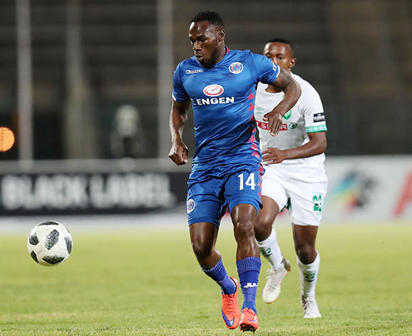 Onismor Bhasera of Supersport United challenged by Augustine Ramphele of AmaZulu during the Absa Premiership 2018/19 match between Supersport United and AmaZulu at the Lucas Moripe Stadium, Atteridgeville on 08 August 2018 ©Muzi Ntombela/BackpagePix