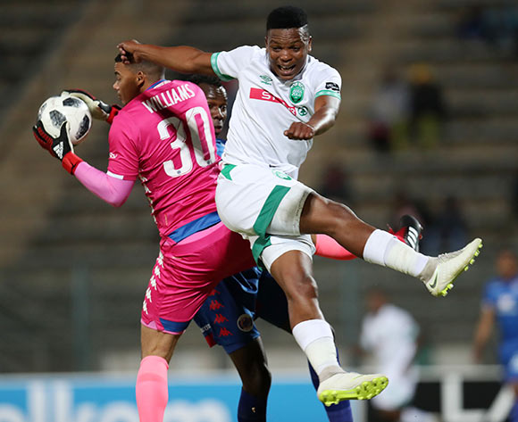 Ronwen Williams of Supersport United challenged by Mhlengi Cele of AmaZulu during the Absa Premiership 2018/19 match between Supersport United and AmaZulu at the Lucas Moripe Stadium, Atteridgeville on 08 August 2018 ©Muzi Ntombela/BackpagePix