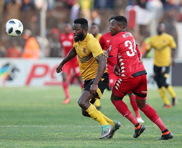Mwape Musonda of Black Leopards challenged by Sello Motsepe of Highlands Park during the Absa Premiership 2018/19 match between Highlands Park and Black Leopards at the Makhulong Stadium, Tembisa on 09 August 2018 ©Muzi Ntombela/BackpagePix