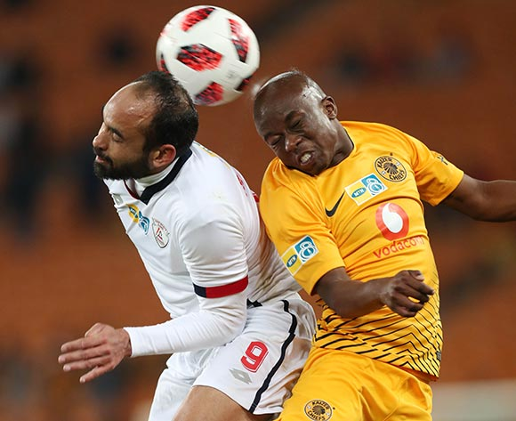 Siphosakhe Ntiya-Ntiya of Kaizer Chiefs wins header against Eleazar Rodgers of Free State Stars during the 2018 MTN8 football match between Kaizer Chiefs and Free State Stars at Soccer City, Johannesburg on 11 August 2018 ©Gavin Barker/BackpagePix