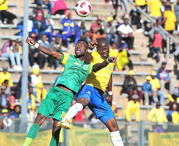 Knox Mutizwa of Golden Arrows challenged by Hlompho Kekana of Mamelodi Sundowns during the 2018 MTN8 quarter finals match between Mamelodi Sundowns and Golden Arrows at Lucas Moripe Stadium, Pretoria on 11August 2018 ©Samuel Shivambu/BackpagePix